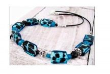 DIY Necklace / Tutorials for making handmade necklaces / by DIY Beading Club