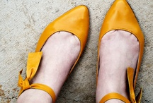 Sapatilhas  ( sapatos )