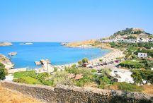 Rhodos / Rhodos er en velkendt perle i det græske ø-hav og det er let at forstå hvorfor så mange vælger den som rejsemål. Øen byder på smukke strande der frister til dovne dage i solen, unikke mindesmærker fra middelalderen og ikke mindst et hektisk natteliv. Se mere på www.apollorejser.dk