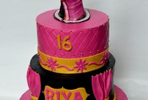 Indian Themed Cakes / Indian theme for cakes of any occassion like birthday, baby shower, photo shootout etc