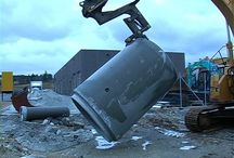Concrete Pipelifter / The Concrete Pipe Lifter makes light work of the installation of waste water pipelines.