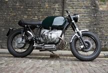 Motorycles and car / ...