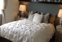 Guest Room Ideas / Want a guest room in your next home? Here are some ideas of how to decorate it!