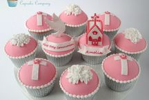 Holy communion cup cakes