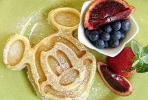 Disney World Food / A celebration of all things Yummy out at the most magical place on earth.
