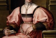 1520-1540 Female Clothing / by Nadine Baylis