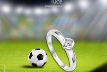 Schmuck und Fußball / Die schönsten Momente im Fußball mit Schmuck von bellaluce. Gewinnen auch Sie! Und zwar das Herz Ihrer Partnerin. Diamantschmuck von bellaluce für gewinnende Momente.
