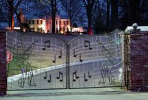 GRACELAND Home of Elvis! / by Leila Salazar Sanchez
