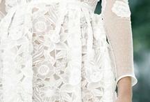 The Elegance of Lace / by Seyda Yilmaz