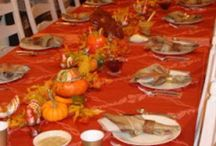 Thanksgiving Entertaining and Fall Decor / Thanksgiving is my favorite holiday and we have a big extended family so its always a BIG party at our home and I LOVE creating beautiful Thanksgiving tables.