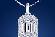 Pendants / Diamond pendant necklaces