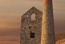 Architectuur: ruines, landmarks.