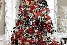 roll tide christmas tree / by Melissa Gates