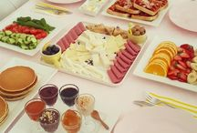 kahvaltı masaları ve kahvaltılıklar