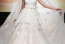 Virágos menyasszonyi ruhák | Floral wedding dresses