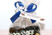 Bar and Bat Mitzvah Favors / Send your guests home from your Bar/Bat Mitzvah with the coolest edible chocolate favors.
