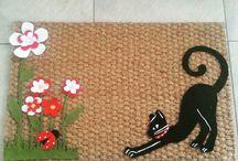 Chic Carpets / Tappeti , zerbini in cocco e panno personalizzati ottima idea regalo .