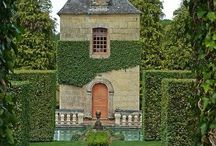Dreamy gardens, houses and villas