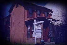 Take a Walk  / With Us: The Ghosts of Gettysburg Candlelight Walking Tours - The Ghosts of Fredericksburg -  Paranormal Investigation Weekends