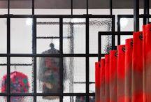 APARTMENT91- CHAIRHOLDER PRÄSENTIERT DEN NEUEN PARTNER FÜR TEXTILE INTERIOR- UND EXTERIORGESTALTUNG. / Seit mehr als 10 Jahren realisiert apartment91 in Zusammenarbeit mit Planern, Herstellern und Verarbeitern mit vielerlei Materialien und Techniken - unverwechselbare Objekte weltweit in jeder Größe. Das Wissen um die Herstellung, Trends und Neuheiten in der Textilindustrie wie in der modernen Architektur, der gekonnte Umgang mit Farben und die Erfahrung um die Wirkung textiler Oberflächen ist die Basis der Arbeit.