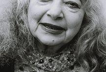 Mirka Moira