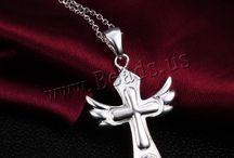 collier croix /bijoux croix / les bijoux de la croix ,beaucoup de modèle  pour choisir