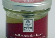 Sweet Pantry Items / Dolce! Sweet jam, honey and preserves.