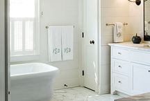 Bathrooms / by Amberly Meehan