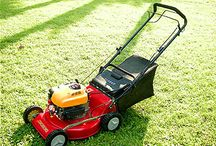 What does it take to find the right lawnmower for your garden?