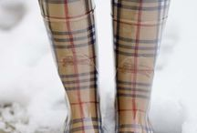 .BURBERRY BOOTS.