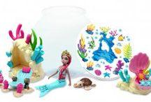 Papusi si accesorii / Jucarii pentru Fetite, Papusi Barbie, Nenuco, Personaje si Alte Accesorii