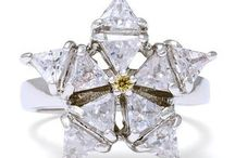 Jewelry / Beautiful rings, necklaces, earrings and more