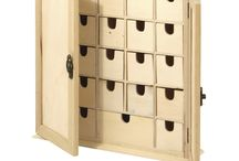 Wooden Advent Cabinet / Suggestions and ides for decorating your wooden advent cabinet