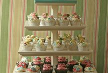 wedding cupcake displays