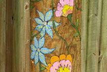 wooden pole sloupy