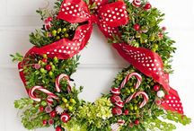 A wreath idea / by Debbie Taggart