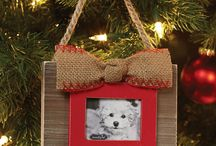 Gifts for Dog Lovers / A gift guide dedicated to dog lovers of all kind.