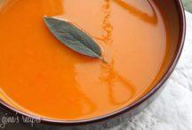 Soups / by Liza Bonilla