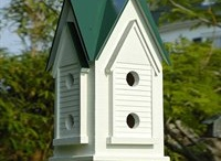 Birdhouses & Birdcages / by Kathy Ernst