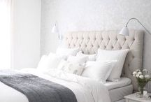 Bedroom / White and grey