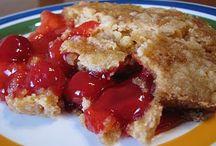Food - All Things Sweet / by Dawn Miears