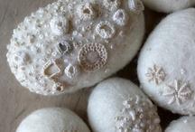 DIY eieren & stenen als decoratie / by Hannie Bremmer
