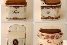 love salt boxes / by Gilda Woods