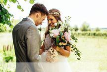 Hochzeiten in und aus Deutschland – Die schönsten Inspirationen / Lasst uns zeigen, wie schön Heiraten in Deutschland sein kann! Bitte pinnt nur Bilder, an denen ihr in irgendeiner Art mitgewirkt habt oder wenn ihr z.B. als Hochzeitsblogger die Erlaubnis habt, die Bilder zu zeigen. Ihr dürft alles pinnen, was Inspiration bietet, auf deutschem Boden entstanden ist und natürlich mit Hochzeiten zu tun hat. Brautpaare, Dekoration, Blumensträuße, Locations, Brautkleider und und und. Wenn ihr mitpinnen möchtet, schickt mir eine E-Mail an patricia@the-kaisers.de