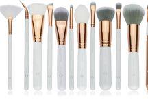 OTTO TORRO Makeup Brushes / Makeup brush sets Australia.