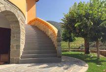 Escadas Exterior - Microcimento / Microcimento Aplicado em Escadas no Exterior. Veja mais em www.microcimento.pt