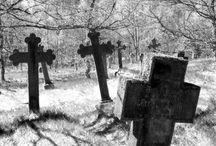 Grave tomb/stone