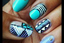 beauty101 / Makeup and nails / by Maiyah F
