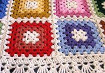 Kırmızıpembe mavimotifli battaniye
