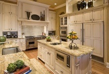 Kitchens / by Amy Davis